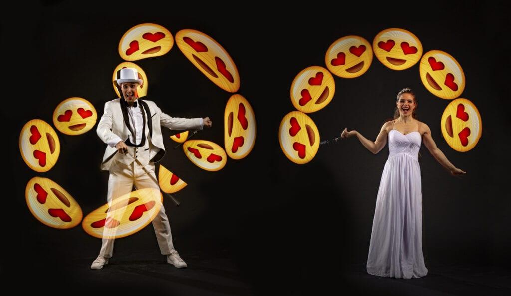 Preisgekröntes Duo bringt Sie zum Lachen und stauen mit LED Licht Show - quick change, Seiltanz und Luftakrobatik.